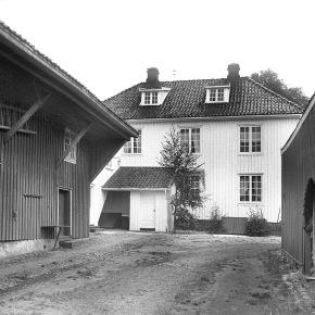 A-00430 Svend Foyns barndomshjem – Nedre Langgate 18  – Fotograf Larsen – Slottsfjellsmuseets fotoarkiv
